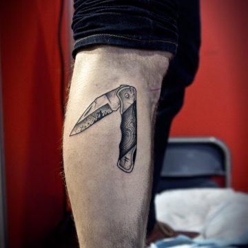knife-cowboy